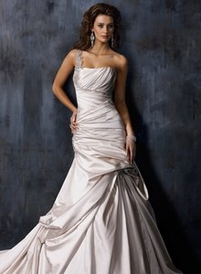 Maggie Sottero A3325ss Wedding Dress