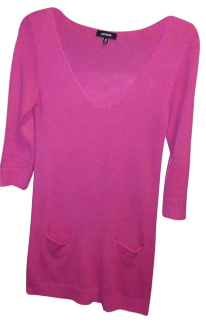 Preload https://item5.tradesy.com/images/express-hot-pink-sweaterdress-xs-sweaterpullover-size-2-xs-419434-0-1.jpg?width=400&height=650