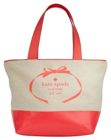 Preload https://item5.tradesy.com/images/kate-spade-heritage-logo-canvasleather-naturalgeranium-tote-4194904-0-0.jpg?width=440&height=440