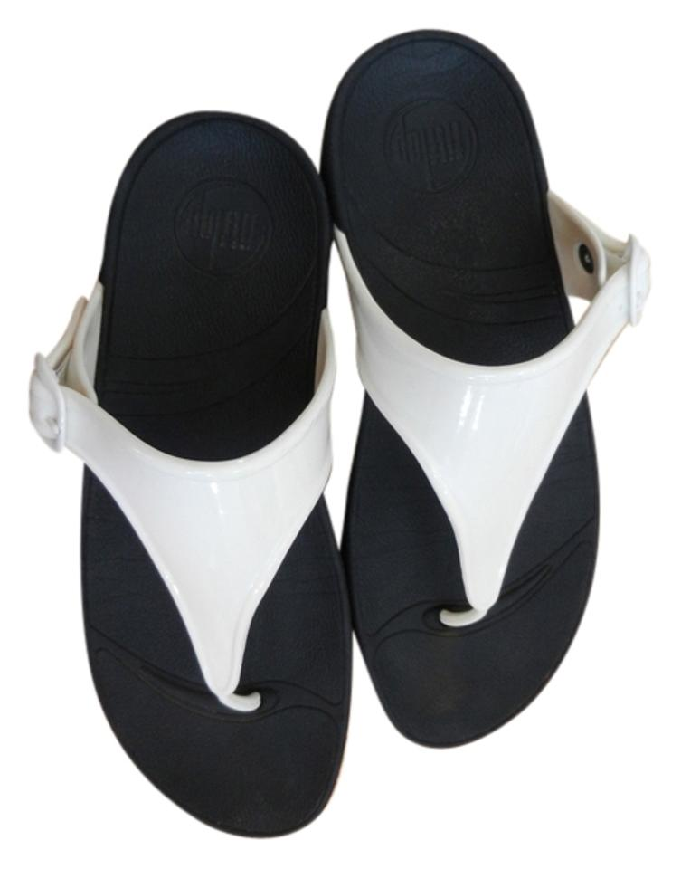 2d4dc9406f5d FitFlop White with Black Bottom Sandals. Size  US 7 Regular (M ...