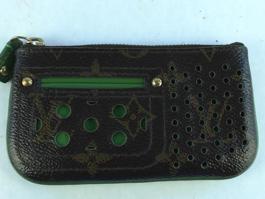 Preload https://item3.tradesy.com/images/louis-vuitton-monogram-perforated-cles-wallet-4203937-0-2.jpg?width=440&height=440