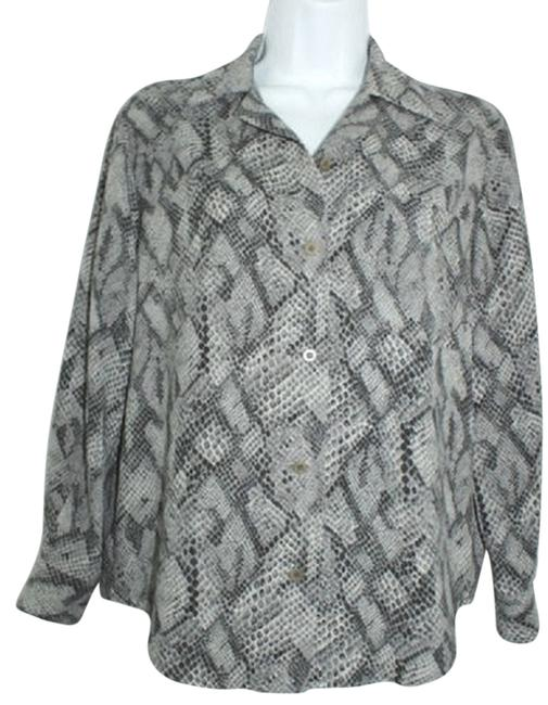 Preload https://item4.tradesy.com/images/liberte-by-emanuel-ungaro-buttoned-animal-print-shirt-blouse-236-p-button-down-top-size-petite-2-xs-4207198-0-0.jpg?width=400&height=650