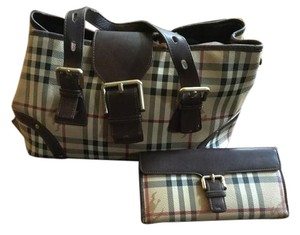 Burberry Wallet Satchel in Brown