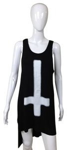 Black Tunic Cross Top black, white