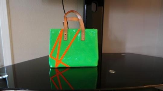 Louis Vuitton Tote in Green/Orange