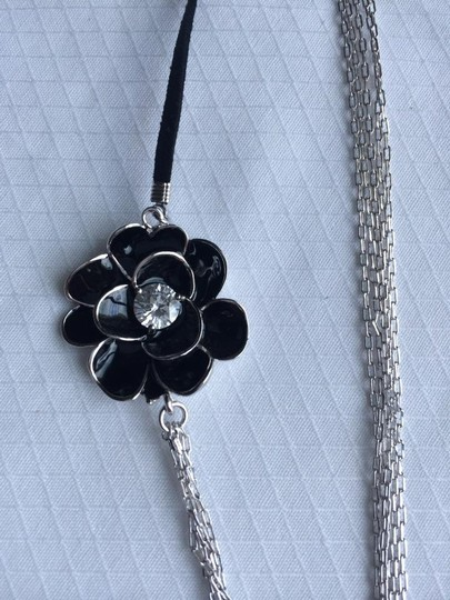 Preload https://img-static.tradesy.com/item/420978/cz-flower-necklace-and-earrings-0-0-540-540.jpg