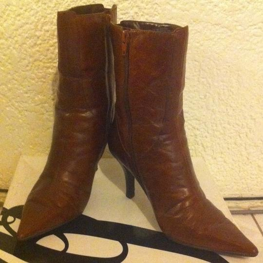 Nine West Nanteo Distressed Leather Brown Boots