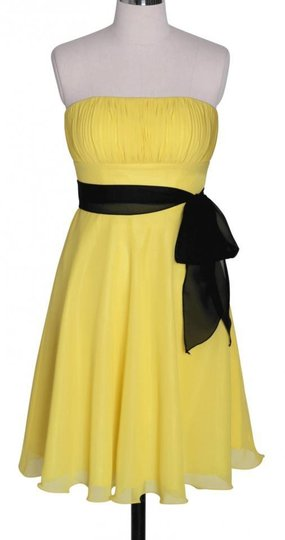 Yellow Chiffon Pleated Bust W/ Sash Destination Dress Size 0 (XS)