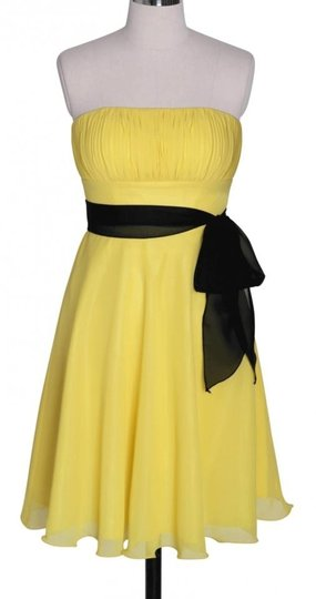 Yellow Chiffon Pleated Bust W/ Sash Size:lrg Formal Bridesmaid/Mob Dress Size 12 (L)