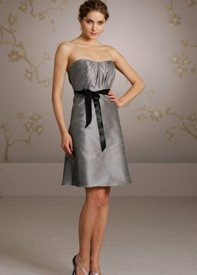 Jim Hjelm Occasions Silver 5061 Feminine Bridesmaid/Mob Dress Size 10 (M)