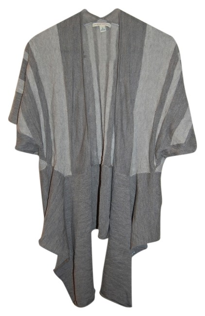 Preload https://item5.tradesy.com/images/banana-republic-gray-all-seasons-nice-lightweight-open-front-tie-front-womens-striped-sweater-cardig-4229659-0-0.jpg?width=400&height=650