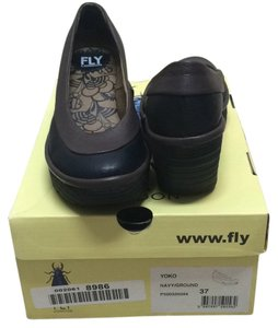 FLY London Navy/ground Wedges