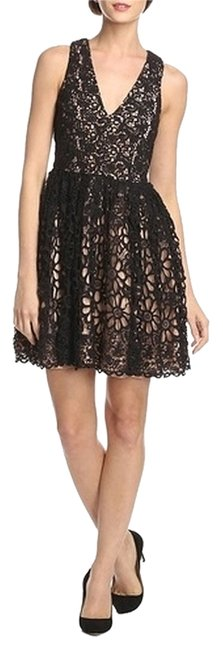 Preload https://item5.tradesy.com/images/french-connection-daisy-lace-above-knee-cocktail-dress-size-6-s-4238344-0-0.jpg?width=400&height=650