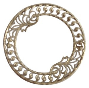 10k White Gold Vintage Filigree Pin.