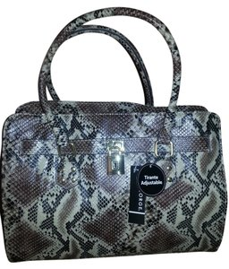 George Tote in Brown Snake