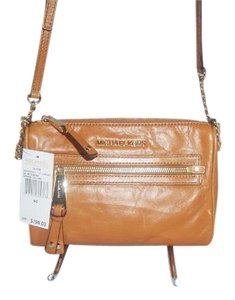 Michael Kors Next Day Shipping Devon Messenger Cross Body Bag