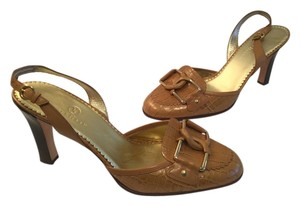 Cole Haan Medium brown Pumps