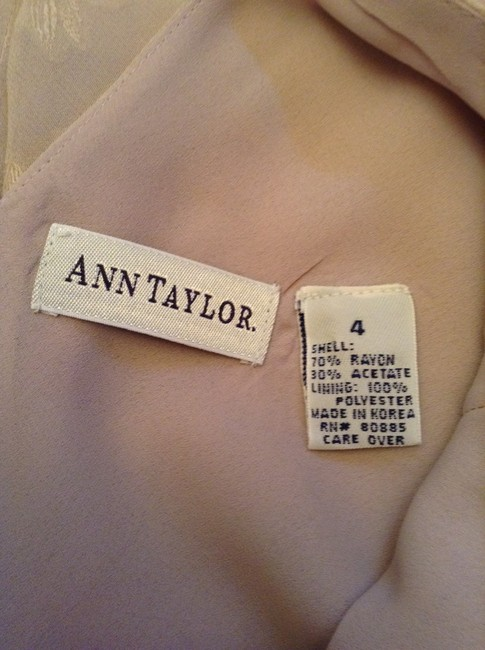 Ann Taylor Shell: 70% Rayon 30% Acetate Lining: Polyester Professional Dry Clean Only Dress