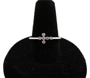 925 Sterling Silver CZ Cross Ring Size 6