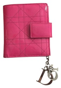 Dior Christian Dior Cannage Pink Patent Leather Quilted Wallet