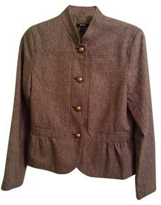 Apt. 9 Shell: 49% Polyester 24% Acrylic 17% Recycled Wool 10% Other Fibers Lining: 100% Polyester Brown Blazer