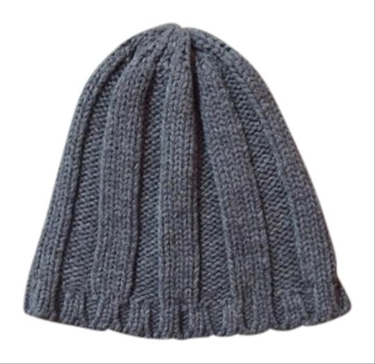 Preload https://item5.tradesy.com/images/h-and-m-beanie-4242994-0-0.jpg?width=440&height=440