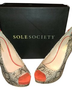Sole Society Snakeskin/Orange Pumps