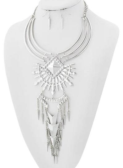 Viola Silver Choker Style Neclace and Earrings