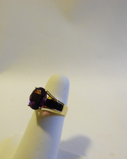 Other 14K Yellow Gold Amethyst Ring with Baguettes on the side Size 8