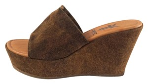 Frye Tabacco Brown Wedges