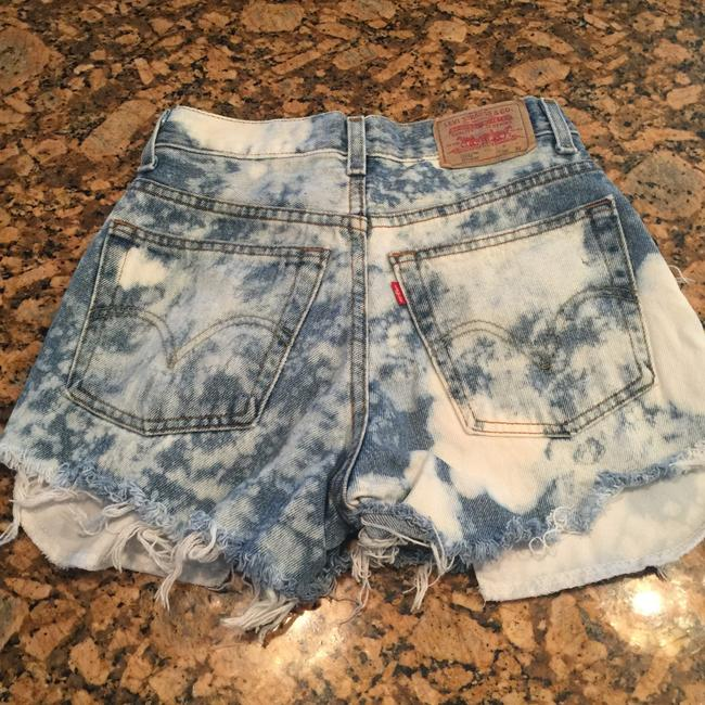 Levis 550 Cut Off Shorts