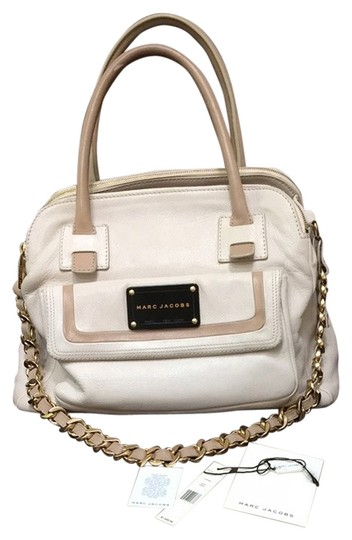 Preload https://item3.tradesy.com/images/marc-jacobs-32193-ivorygold-hardware-soft-calf-leather-satchel-4251202-0-0.jpg?width=440&height=440
