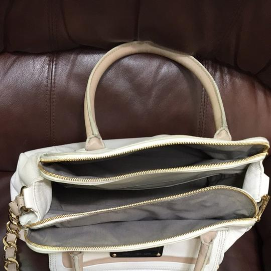 Marc Jacobs Satchel in Ivory/Gold Hardware