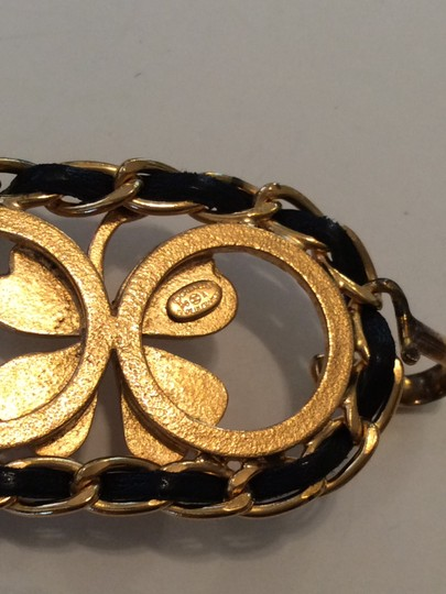 Chanel RARE VINTAGE CHANEL '96A GOLD PLATED BLACK LEATHER CLOVER BELT