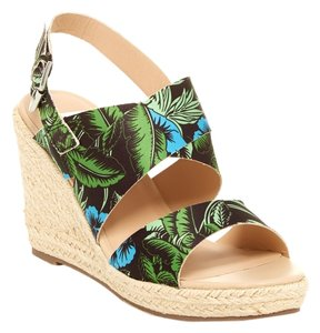 DV by Dolce Vita Green Wedges