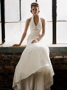 Galina Off-white Trumpet Formal Wedding Dress Size 2 (XS)