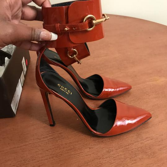 Gucci Orange Pumps
