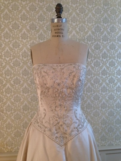 Eve of Milady Antique Ivory Silk Satin 4143 Silver Strapless Full Ballgown Embroidery Sexy Dress Size 8 (M)