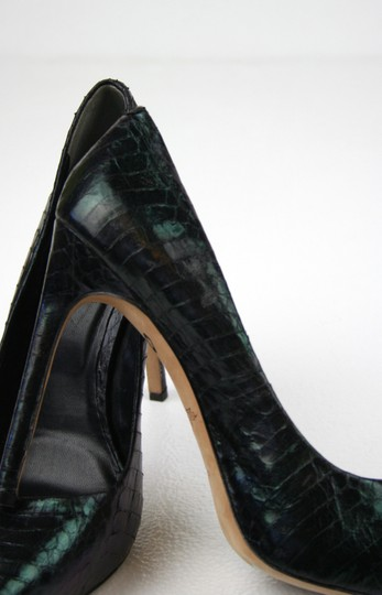 Rachel Roy Snakeskin Leather Pointed Toe Hidden Platform Iridescent Black Pumps