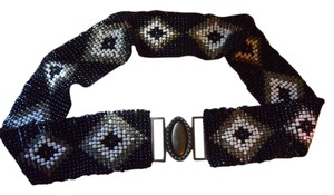 Beaded stretch belt M/L size
