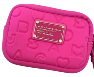 Marc by Marc Jacobs Marc Jacobs tech wristlet