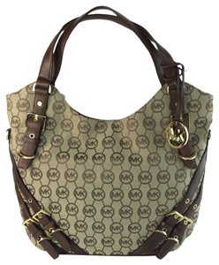 MICHAEL Michael Kors Jacquard Milo Large Shoulder Tote in Brown/ Mocha/ Beige