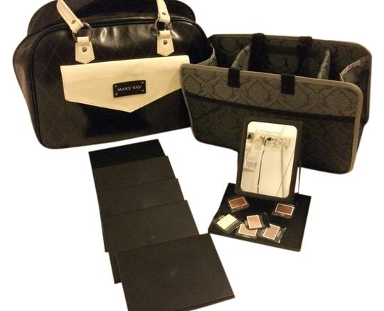 Preload https://item3.tradesy.com/images/other-mary-kay-removable-organizer-blackwhite-travel-bag-4263907-0-0.jpg?width=440&height=440