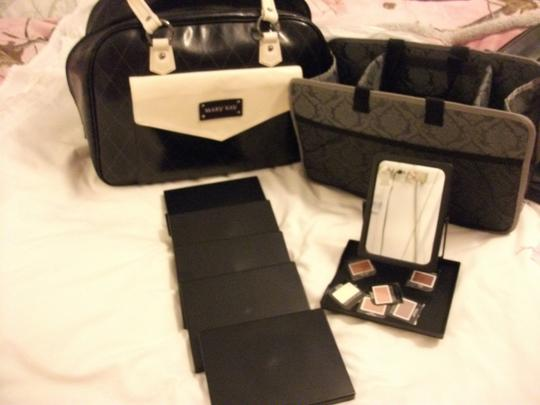 Other Mary Kay Removable Organizer Cosmetic black/white Travel Bag