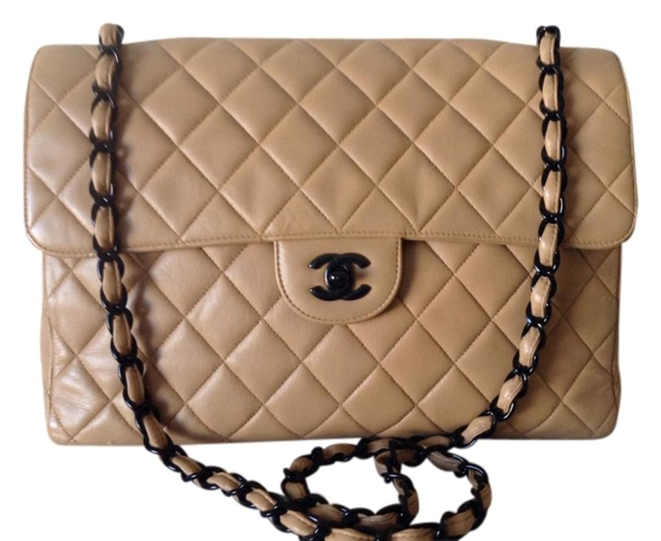 fd670bca0f3a Chanel Classic Flap Jumbo Diamond Quilted Vintage Single Tan Lambskin  Leather Shoulder Bag