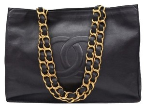 Chanel Tote in Black Lambskin Leather