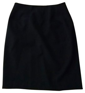 Embassy Row Size 6 Skirt black
