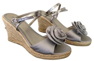 J.Crew Flower Made In Italy Italian Silver Wedges