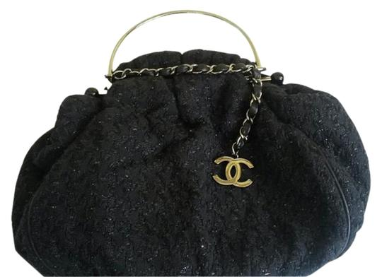 Preload https://item1.tradesy.com/images/chanel-runway-with-gunmetal-handle-and-chain-cc-logo-black-tweed-satchel-4268650-0-1.jpg?width=440&height=440