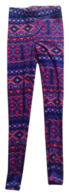 Preload https://img-static.tradesy.com/item/4268677/aztec-leggings-size-4-s-27-0-0-650-650.jpg